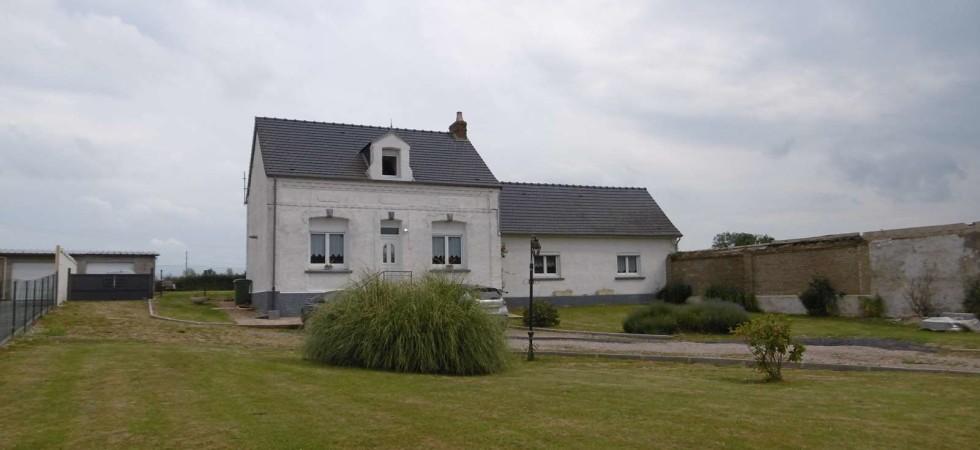 Jolie maison lumineuse 4 chambres à la campagne