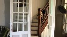 salle à manger vue sur l'escalier