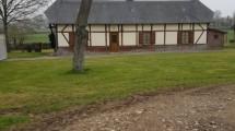 Corps de ferme avec bâtiments agricoles à vendre secteur Foucarmont