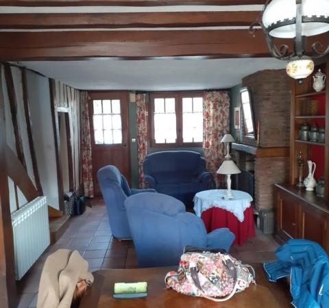 Maison avec garage et jardin à 10 minutes de la mer