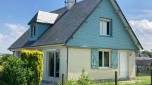 Maison à vendre à Eu offrant une vie de Plain Pied avec Jardin